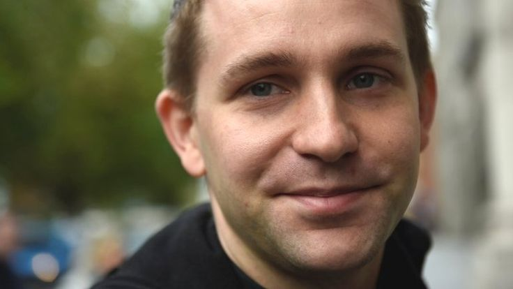BBC - Max Schrems is told he cannot sue Facebook on behalf of 25,000 others but can do so personally.