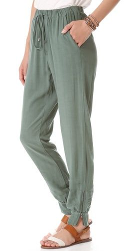 The price of these pants?$118...seriously? now that's funny..and ugly