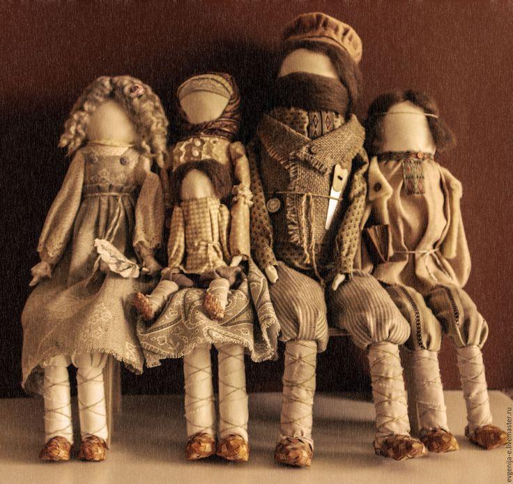 """Купить """"Семейная фотография"""" Авторские куклы образы. - коричневый, семья, семейный очаг, семейный подарок"""