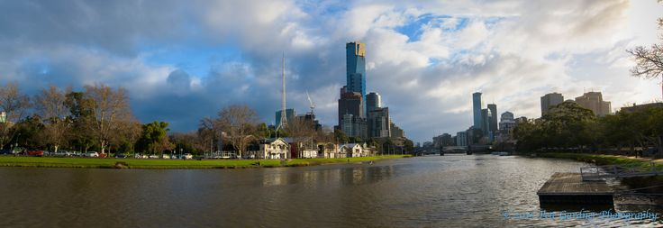 L3M2AS2c Yarra Panorama, Nikon D810, Sigma 24mm Art, 2 frames merged in Photoshop, 1/15 sec, f/16. Final adjustments to vibrance and levels made in Lightroom
