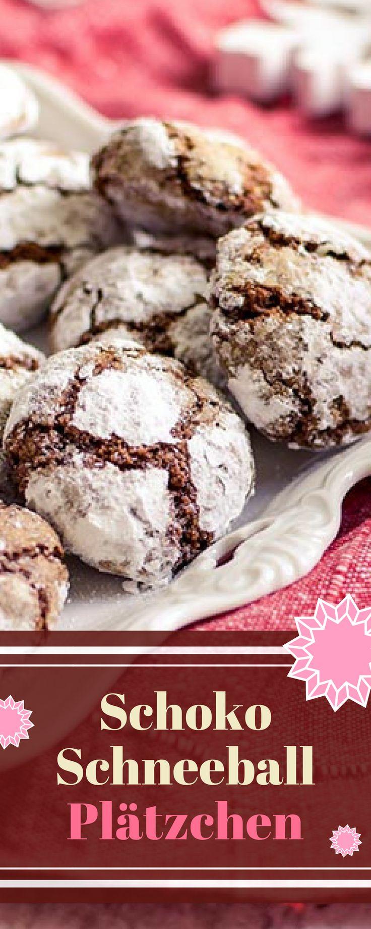 Leckere schokoladige Plätzchen für die Weihnachtszeit. Sie sind wunderbar aromatisch und lecker. Probiert doch mal die Schokoschneeball-Plätzchen. #plätzchen #weihnachten #kekse