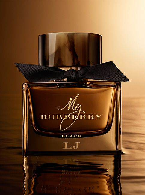 My Burberry Black, the sensual new fragrance for women. The bottle is topped with a horn-finish cap and tied with a black gabardine knot inspired by the black trench coat.