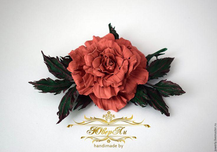 """Купить Украшение брошь из кожи """"Коралловая роза"""" - коралловый, розовый, украшение из кожи, кожаное украшение"""