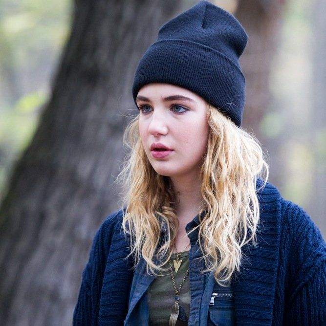 sophie nelisse 5 by - photo #33