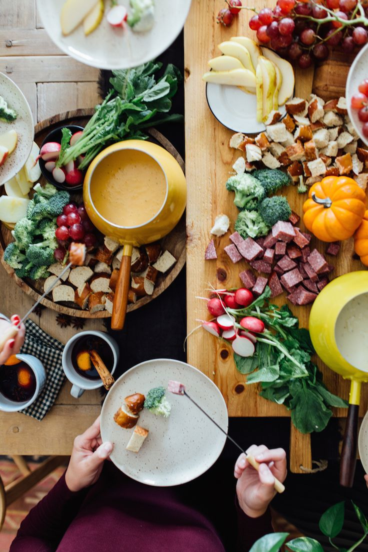 Attractive Fondue Dinner Party Ideas Part - 4: How To Host A Fondue Party