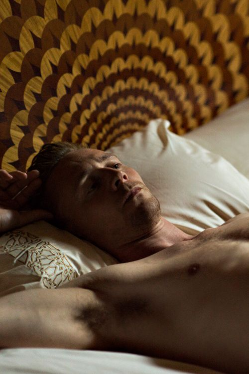 The Night Manager: Inside Es Saadi - Busnelli Adamo  Pavone headboard,  #abstyle #abproduction #italianstyle