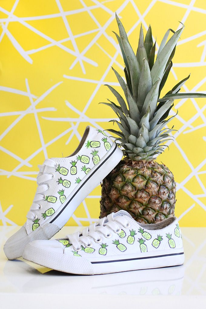 DIY sneaker makeovers: how to make these Pineapples on white canvas sneakers via I Spy DIY