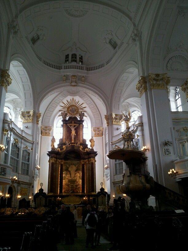 Michelkirche altar piece