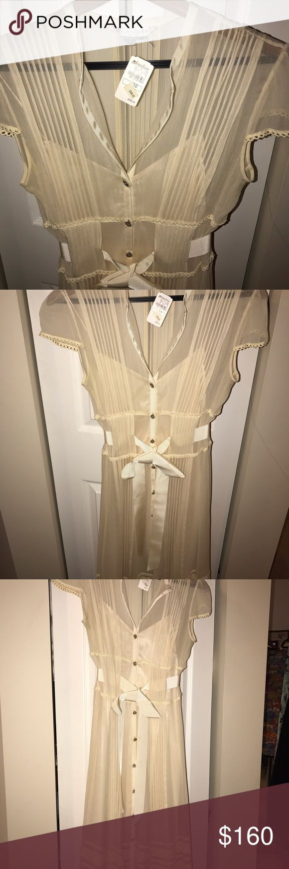 Kay Unger dress with tag Kay Unger size 10 gorgeous dress Kay Unger Dresses Midi