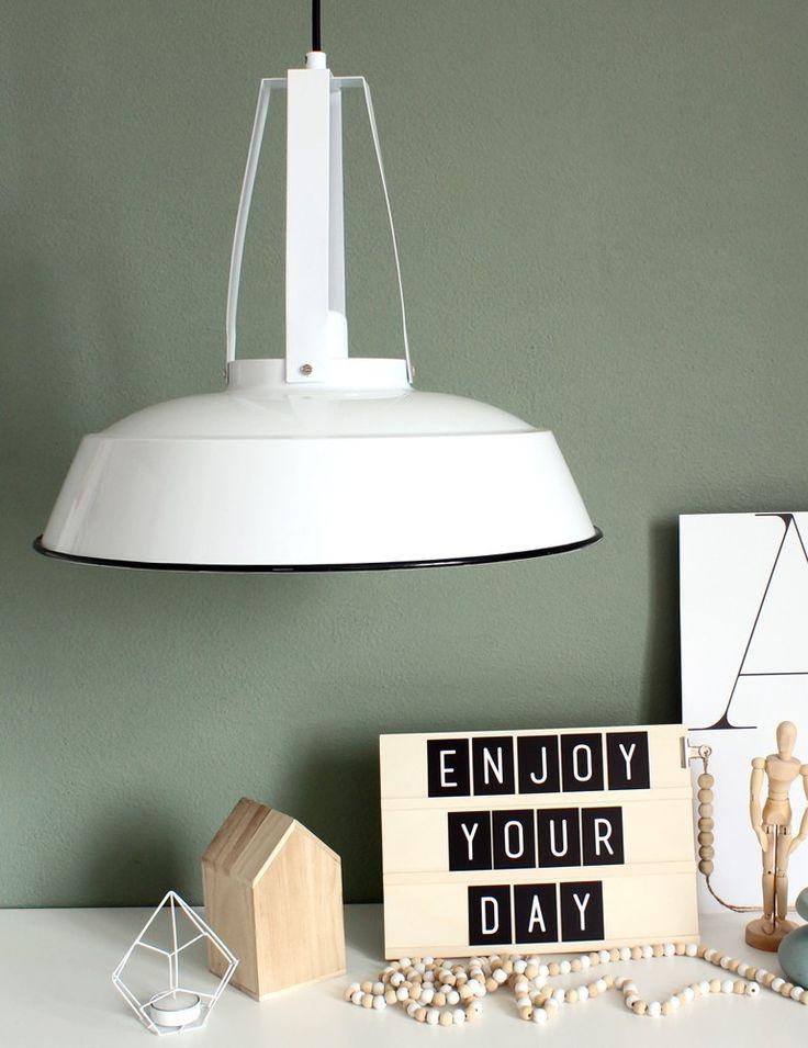 meer dan 1000 idee n over landelijke lampen op pinterest shabby chic lampen primitieve huizen. Black Bedroom Furniture Sets. Home Design Ideas