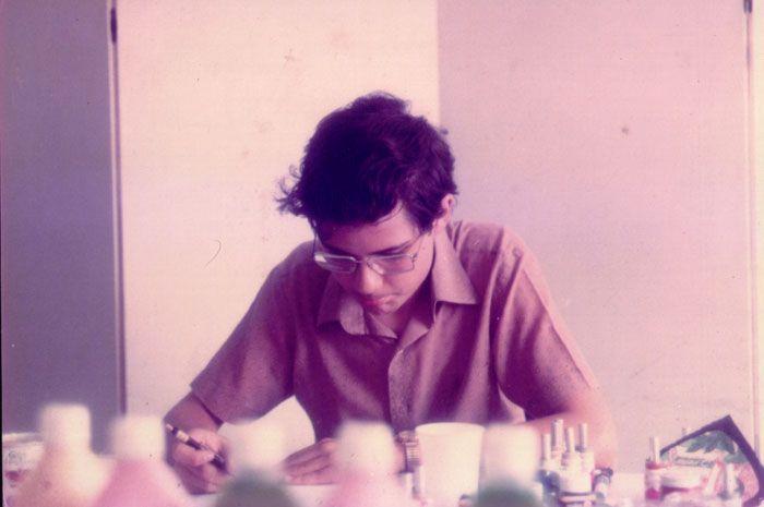 """Fotografado por Lori Stein, Y & R do Brasil, 1979.[/caption] """"Aquilo que não me destrói me torna mais forte."""" (frase de Nietzsche no início de """"Conan, o Bárbaro"""") Sempre surge, em palestras com jovens desenhistas, a pergunta: """"como entrar no mercado?""""."""