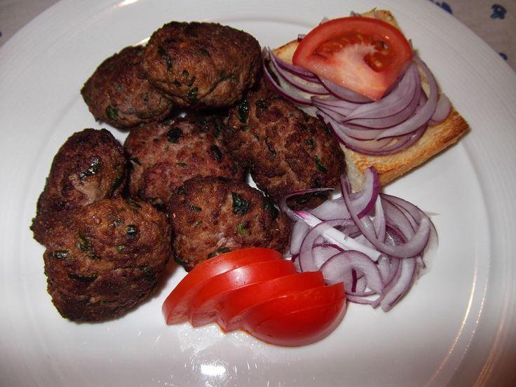 Kefta - chiftele marocane cu carne de vită
