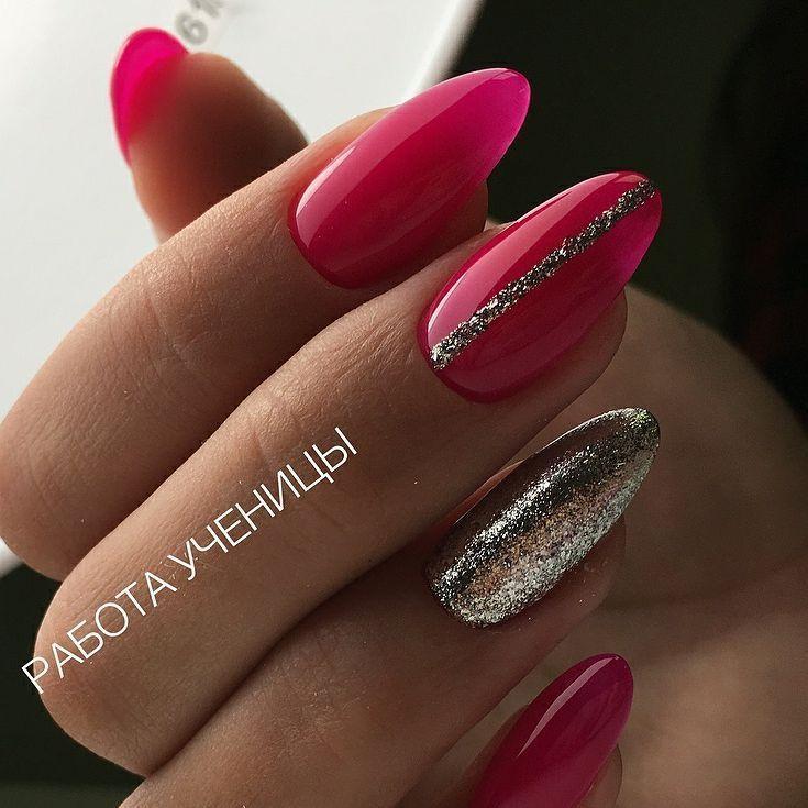 silberner Glitzer und babyblaue Nägel – Nails