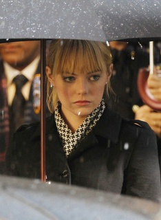 Here's a first look at Emma Stone as Gwen Stacy in the upcoming Spiderman movie (can't really call it Spiderman 4 since it's a reboot of the franchise):