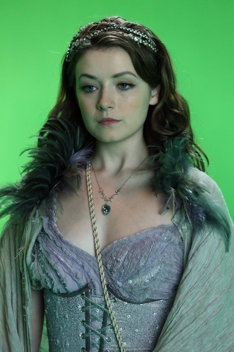 BTS: Queen Of Hearts - Aurora - Behind The Scenes: Queen Of Hearts - Once Upon a Time - ABC.com
