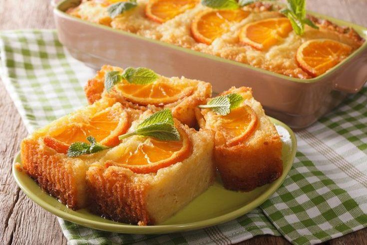 La torta alla'rancia cremosa saprà stupire gli amanti delle torte da colazione con la sua morbidezza e il suo profumo. Ecco la ricetta e tante varianti