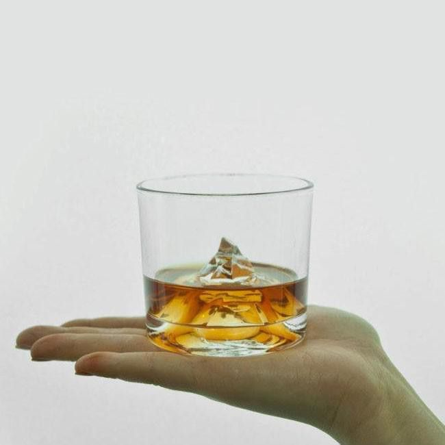 Inspired by the famous Matterhorn peak in the Alps, the Matterhorn mountain whisky glass will surely make your whisky a bit more adventurous.