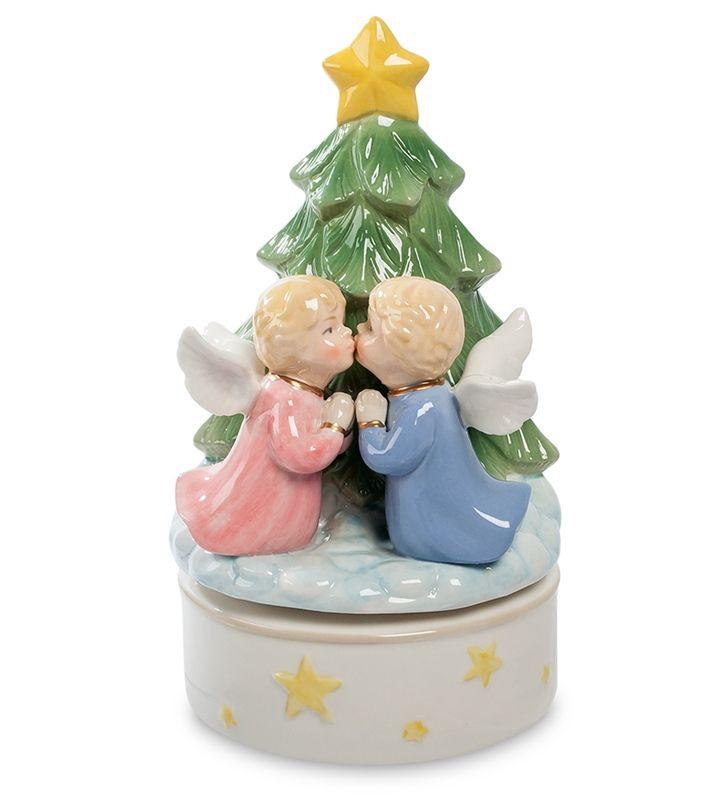 """Музыкальная статуэтка """"Рождественский поцелуй """" CMS-11/45 (Pavone)   Бренд: Pavone (Италия);      Страна производства: Китай;   Материал: фарфор;   Длина: 10,5 см;   Ширина: 10,5 см;   Высота: 18,5 см;   Вес: 0,58 кг;      #фарфор #девочка #мальчик"""
