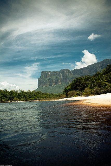 Parque Nacional Canaima, tepuyes