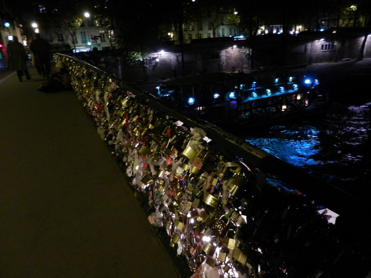 Love locks on the pont des Arts. Paris