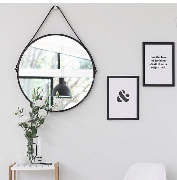 Spiegeltje spiegeltje... 11x ronde spiegels met een leren band - Meubeltrack blog