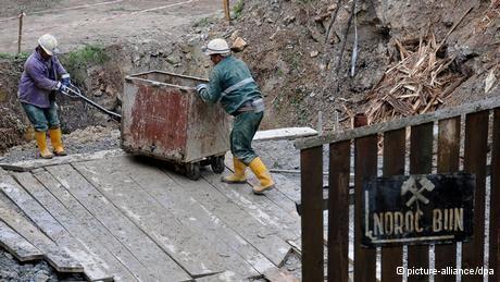 Legea minelor a căzut | România | DW.DE | 11.12.2013