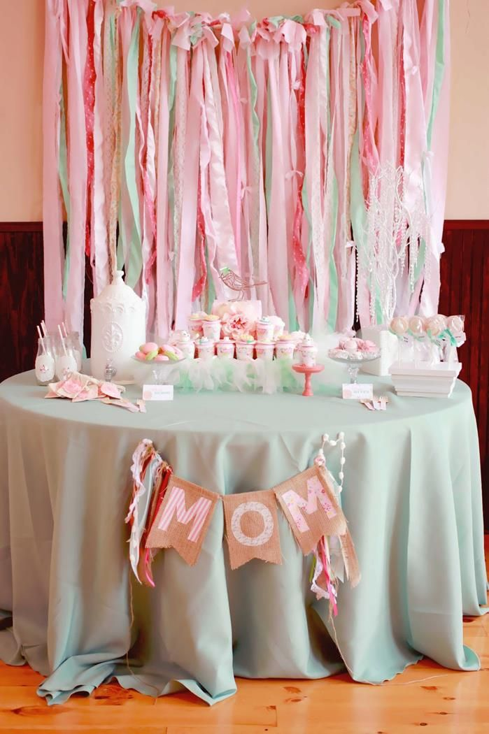A Mother's Soiree via Kara's Party Ideas | Kara'sPartyIdeas.com #MothersDay #Party #Ideas #Decorations #Supplies #Vintage