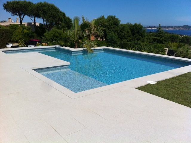 Best 25 carrelage piscine ideas on pinterest carrelage for Carrelage pour terrasse piscine