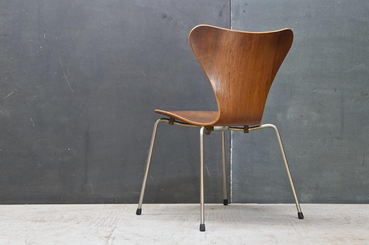 40 best arne jacobsen images on pinterest danish design product design and arne jacobsen. Black Bedroom Furniture Sets. Home Design Ideas