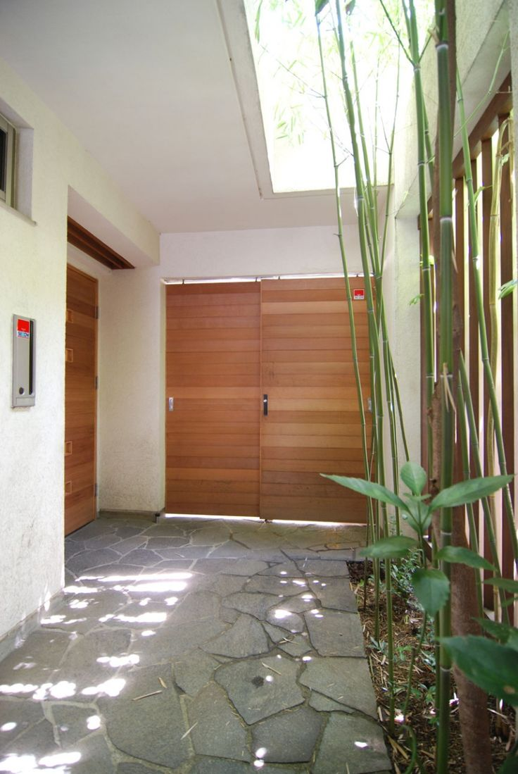 Cohen residence entry courtyard modern landscape houston by rh -