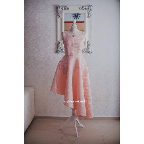 Asymetryczna morelowa rozkloszowana sukienka na wesele neopren