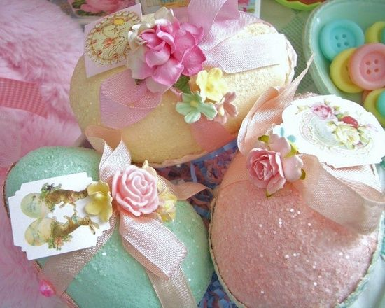 Shabby Glitter Easter Eggs
