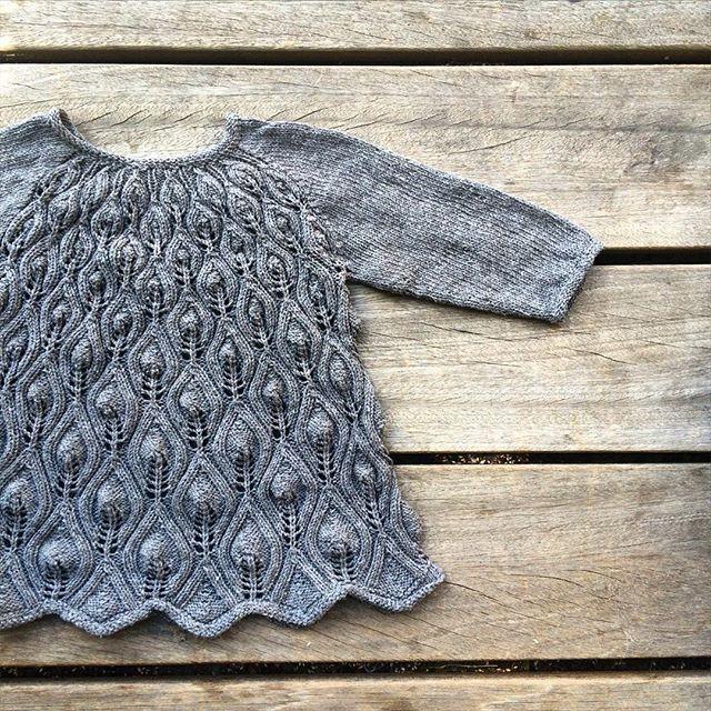 Pattern or no pattern? Yarn: Knitting for Olive's Cotton hint of Cashmere (coming soon) #knittingforolivescottoncashmere #knitting #knitting_inspiration #strikk #barnestrikk #jentestrikk #knitforkids #knittersofinstagram #i_loveknitting #danishdesign #knittingforolive