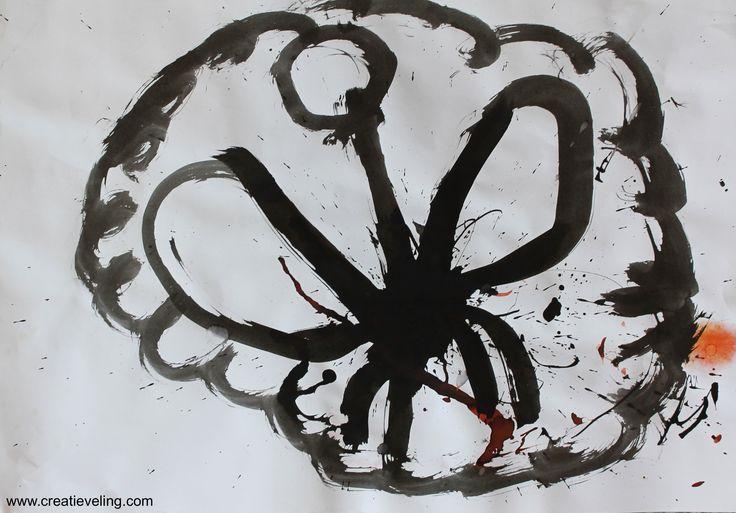 """In beeldende therapie: """"Dit is een vlinder. Deze vlinder is verdrietig want hij zit helemaal opgesloten"""" www.creatieveling.com"""