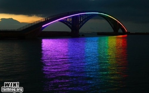 This is the Xiying Rainbow Bridge in Magong, Penghu County in Taiwan.