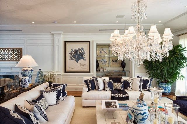 blue and white themed living room with chinoiserie touches