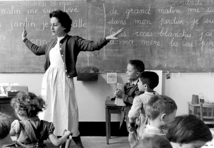 The school teacher - Paris 1956 Grand afternoon in my garden! Robert Doisneau
