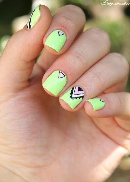 #NailArt - by Coco's nails - #vernis - #manucure Tribal & Néon