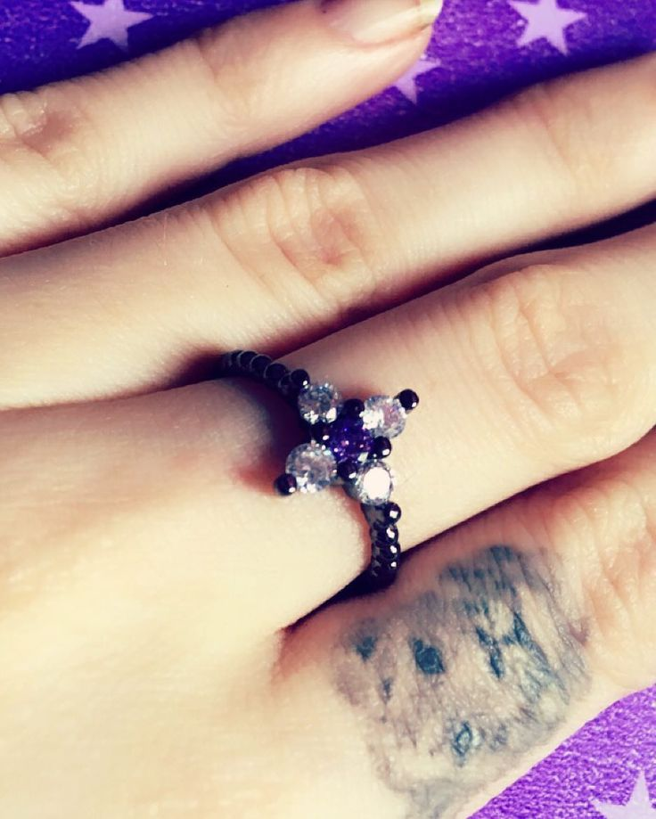 Purple love  #jewelry #diinadaring #purplenation ##jewel #TagsForLikes #fashion #gems #gem #gemstone #bling #stones #stone #trendy #accessories #love #crystals #beautiful #ootd #style #fashionista #accessory #instajewelry #stylish #cute #jewelrygram #fashionjewelry