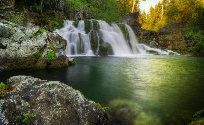 19. Opal Creek is a stunning, turquoise creek that weaves through the Willamette National Forest. The creek has many small waterfalls and swimming holes that are heavenly on hot summer days