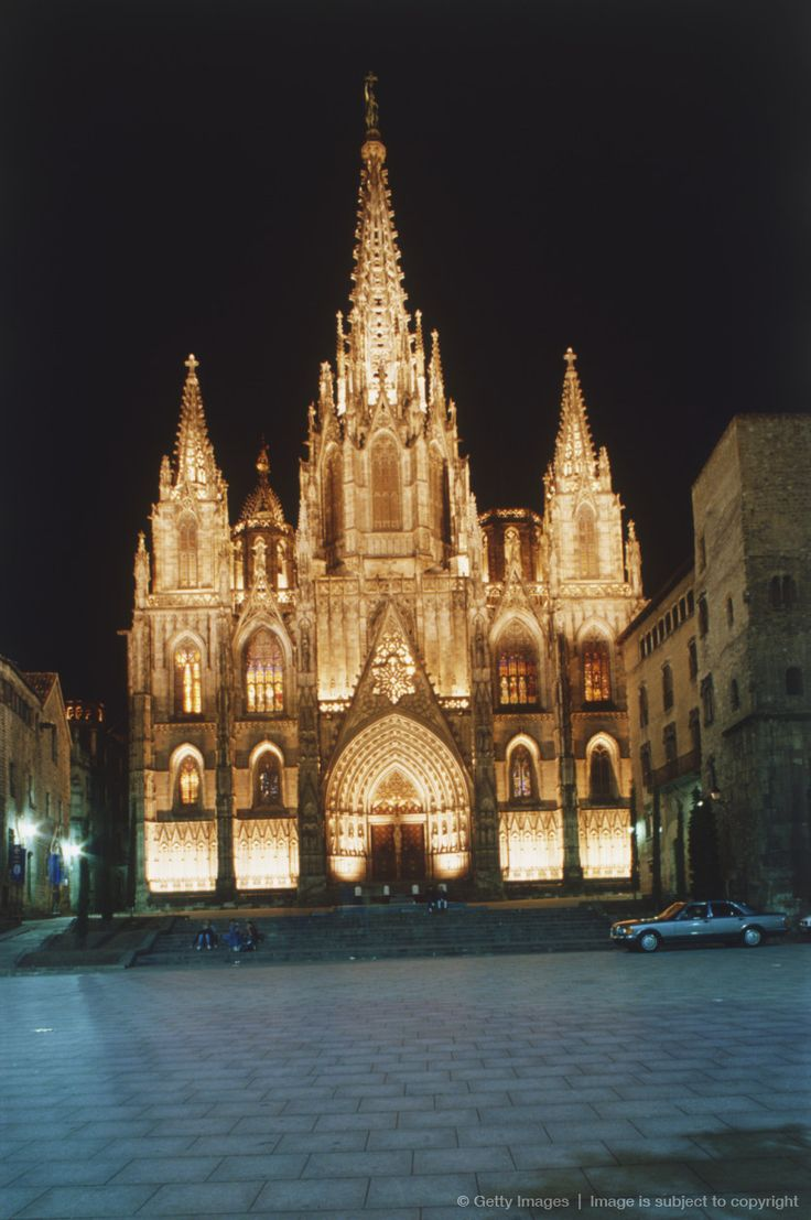 Spain, Barcelona, cathedral at night