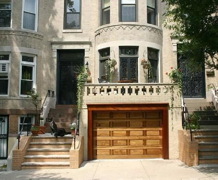 57 best images about old and historic homes on pinterest for Nyc townhouse with garage
