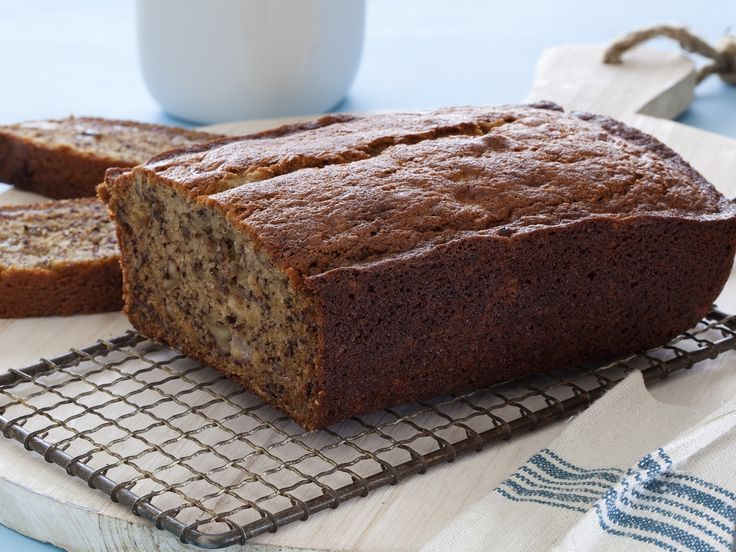 Making this over the weekend. Banana Walnut Bread Recipe : Food Network Kitchens : Food Network - FoodNetwork.com