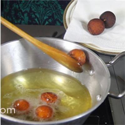 How to make Gulab Jamun using milk powder