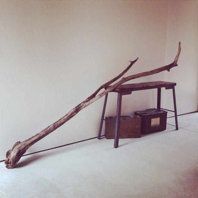 JUNKandRETROさんの、玄関/入り口,サビサビ,土間,どうしよう,鉄脚の椅子,工具入れ,模様替えしたい,流木 ,のお部屋写真
