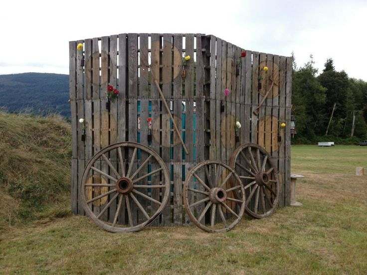Build portable outhouse woodworking projects plans for Movable pallets