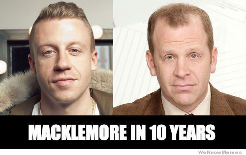Macklemore in 10 years = Toby. this is the best thing that happened to me today.