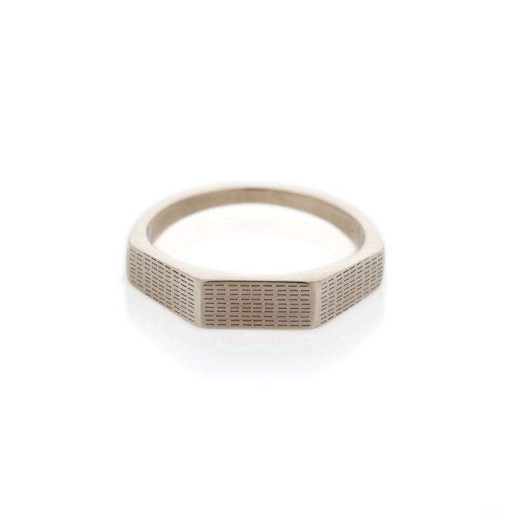 Horizontal Rain Three Edge White Gold Signet ring | Dear Rae | Online shop