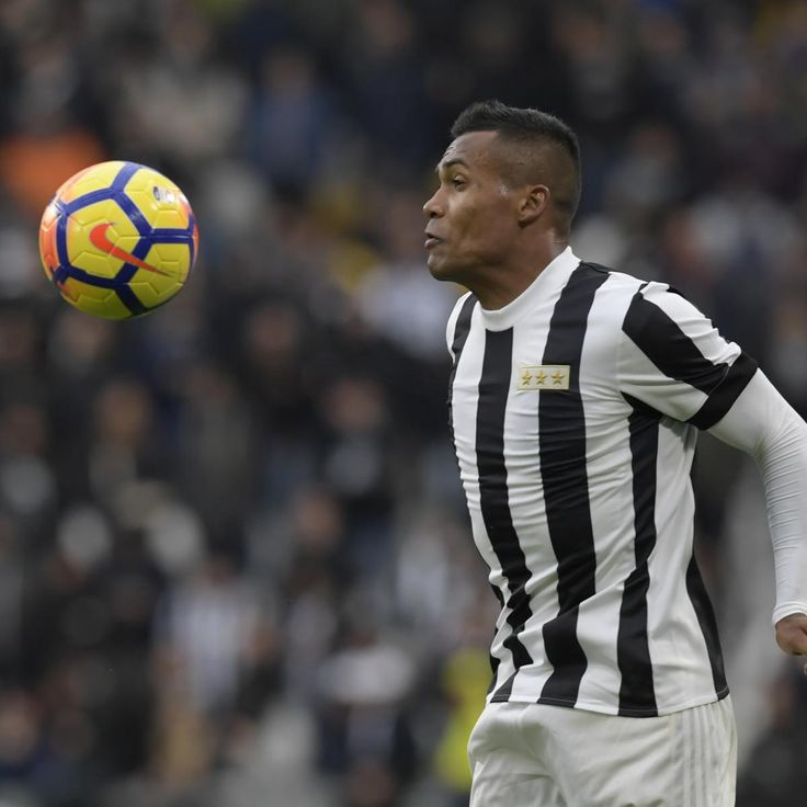 Chelsea Transfer News: Juventus Not Considering Alex Sandro January Sale