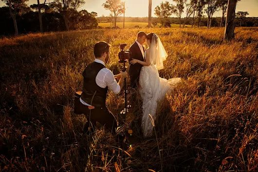 Sunset photo location shoot with the weddnig couple in the fields behind Sirromet Winery, Mt Cotton    https://motionart.com.au